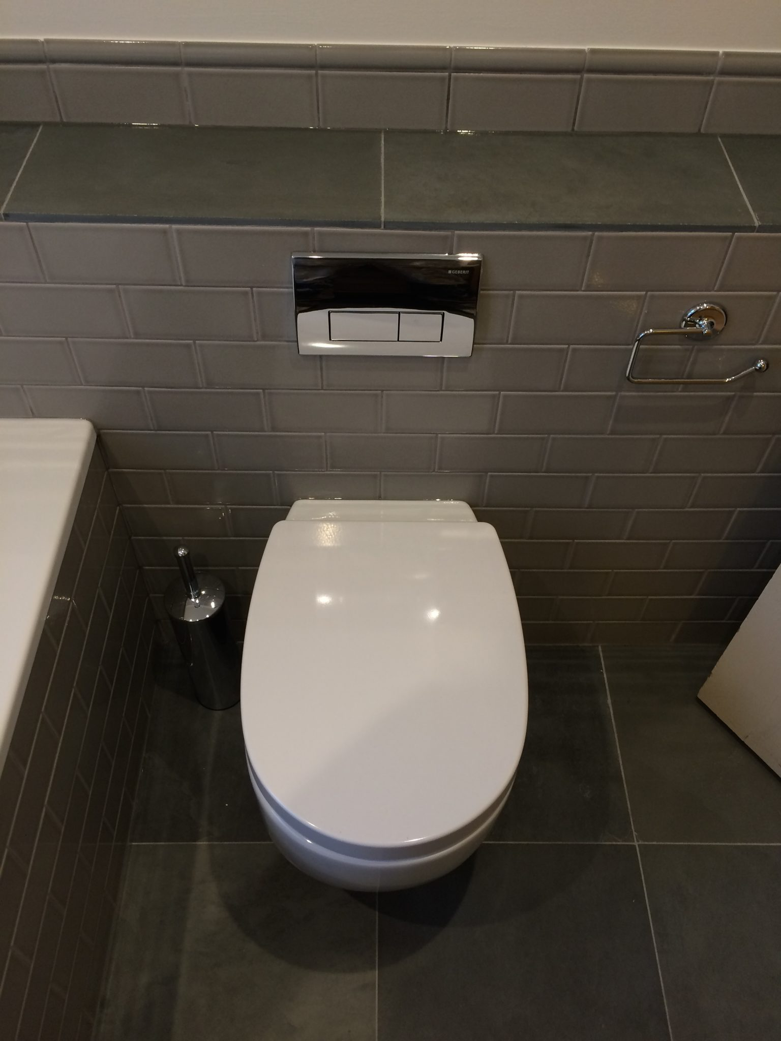 Bathroom Refit – Fired Earth Cambridge
