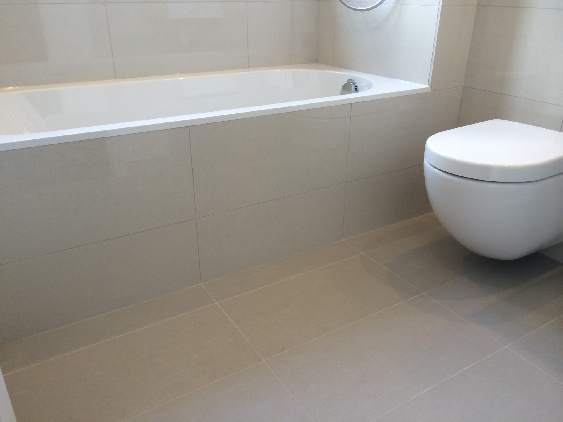Bathroom Refit Ecoflo UK Kitchens Bathrooms UK Bedford St - Bathroom refit